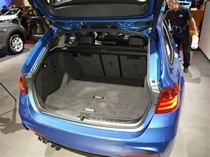 Coffre De Toit Bmw Serie 1 : vid o en direct du mondial de l 39 auto bmw s rie 3 touring l 39 l gance ~ Dallasstarsshop.com Idées de Décoration