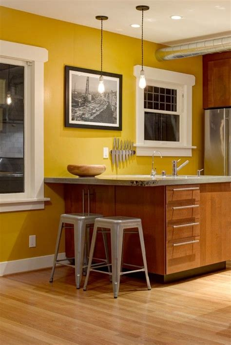 20+ Breathtaking Kitchen Yellow Cabinets