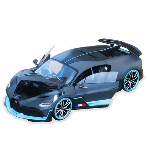 Gray and blue bugatti chiron, bugatti divo, car, road, supercars. BUGATTI Divo 2018 Matt-Grey/Light Blue