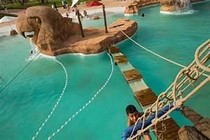 Piscine Center Avis : piscine bateau pirate photo de le vizir center marrakech tripadvisor ~ Voncanada.com Idées de Décoration