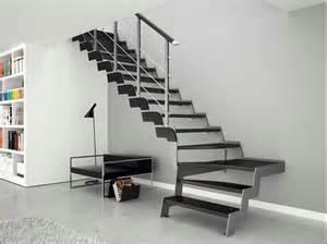 wohnideen schlafzimmer mittelmeer moderne wendeltreppe aus holz haus idee modernise info