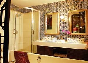 Mosaic Tiles Bathroom to Surprise Your Guests