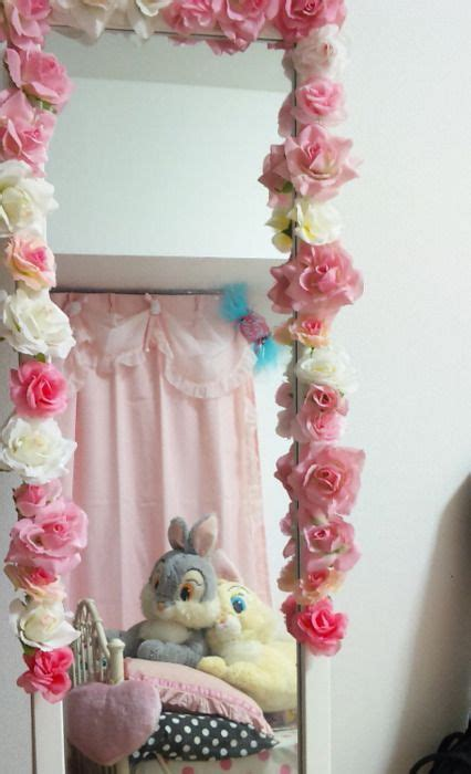 decorate  mirror  flowers easy craft ideas