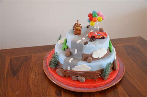 jeux de fille cuisine avec un gâteau cars