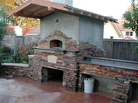 Outdoor Gable Roof Wood Fired Pizza Ovens