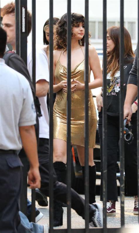 Singer Selena Gomez Looks Amazing In Los Angeles 41