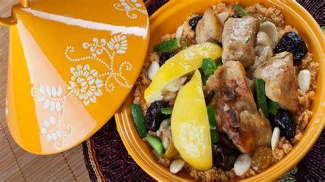 cuisiner des patates douces comment cuisiner un tajine de patate douce et courgette plats cuisine vins