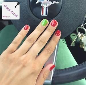 Red and green christmas nails polishpedia nail art