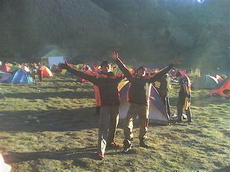 upacara adat tengger karo  brang kulon lare tengger