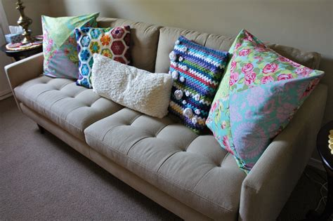 how many throw pillows on a sofa i must have all the couch pillows ms premise conclusion