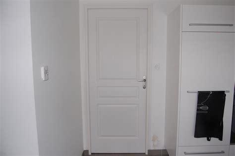 bloc porte placard cuisine cuisine portes d 39 interieur seymour finition chene blanc