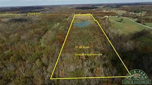 » 38+- Acres Jefferson County IL Home Site with Lake 1748L