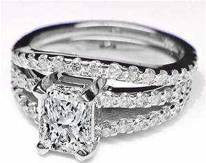 Engagement ring radiant cut diamond double band for Double band diamond wedding ring