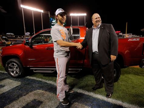 Super Bowl 2015 Tom Brady Wants To Give His Mvp Truck To