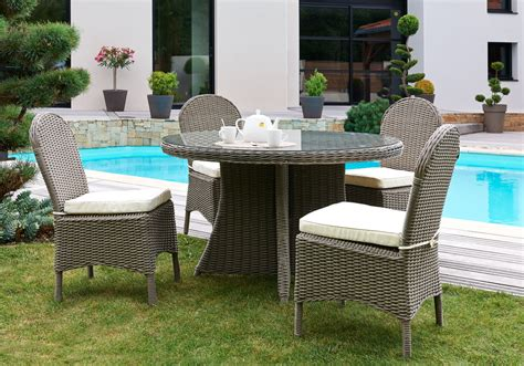 table ronde et chaises awesome salon de jardin table ronde photos amazing house design getfitamerica us