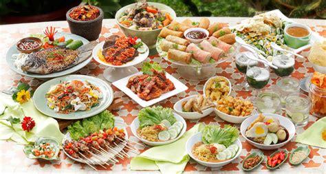 Disamping mengkonsumsi makanan sehat untuk membantu diet, minuman sehat pun bisa kamu coba. 10+ Resep Makanan Buka Puasa Paling Banyak dicari di ...