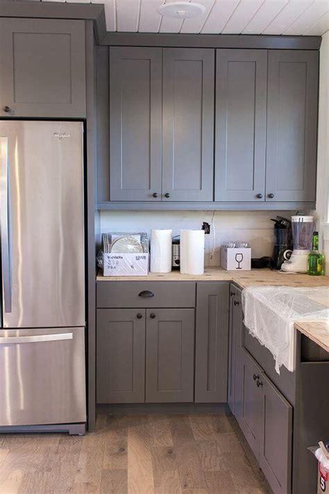 32 Kitchen Cabinets Around Refrigerator For More Storage Space