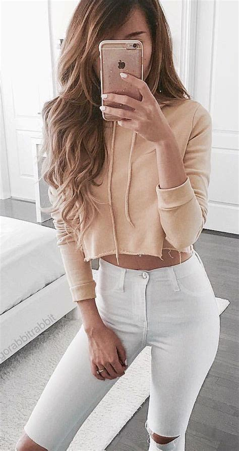 25+ best ideas about Cropped top outfits on Pinterest | Crop top outfits Crop dress and Top goal