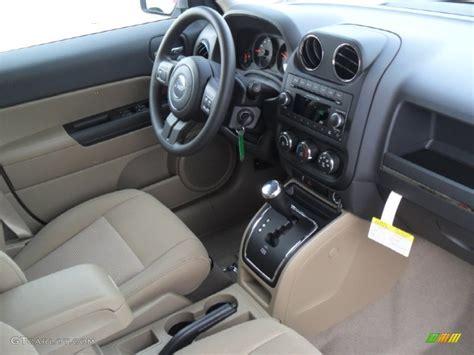 jeep blue interior 2012 jeep patriot interior wallpaper 1024x768 13985