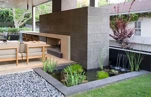bassin de jardin 8 idees pour creer un bassin aquatique With creer une allee de jardin 7 creer un bassin contemporain dans votre jardin