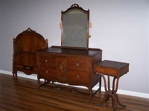 Paine furniture antique bedroom set ebay for Antique bedroom sets