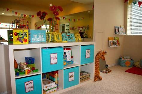 petit meuble bureau rangement salle de jeux enfant 50 idées astucieuses