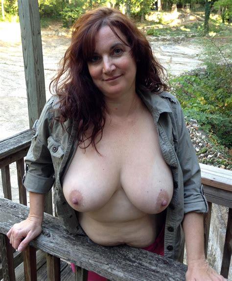 Gorgeous Full Grown Outdoor Sex Photos