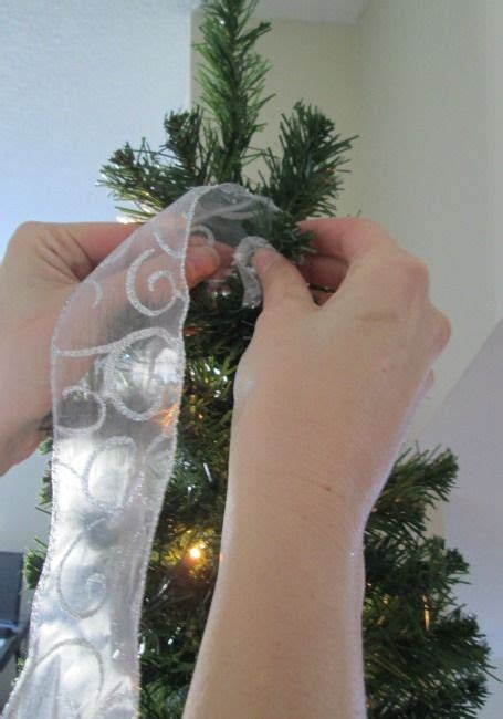 how to hang ribbon on a christmas tree trees how to