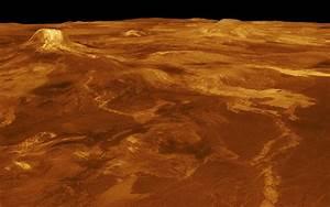 Space Images   Venus - 3-D Perspective View of Estla Regio