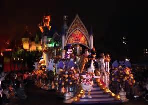 mickeys halloween party   disneyland park