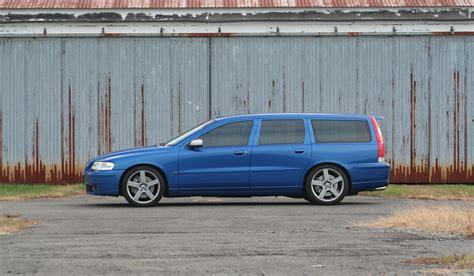 volvo vr spd manual hp turbo   awd  seats