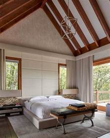 bedroom decorating ideas diy vaulted ceilings a modern twist on classic architecture
