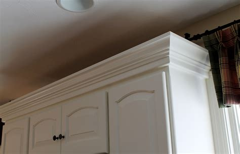 Kitchen Cabinet Crown Molding Bahroom Kitchen Design