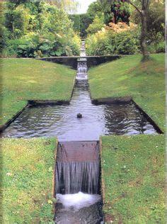 Wassereinrichtung Im Innenraumeingangsbereich Mit Wasser 2 by Wasserfall Im Garten Selber Bauen 99 Ideen Wie Sie Die