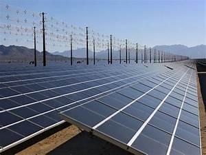 World's largest solar plant opens in California desert