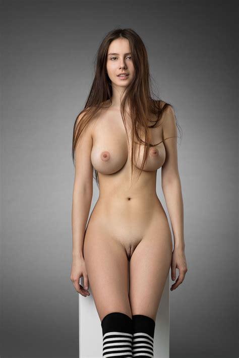 Beautiful Girl Porn Pic EPORNER