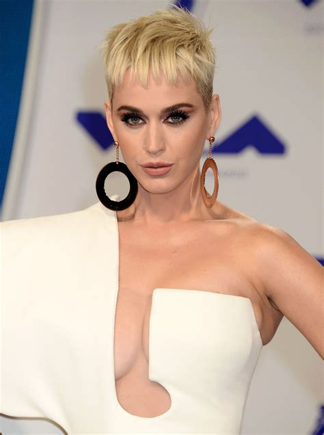 KATY PERRY at 2017 MTV Video Music Awards in Los Angeles ...