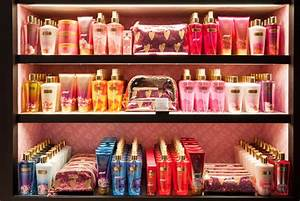 Victoria's Secret opens new Beauty & Accessories store in ...