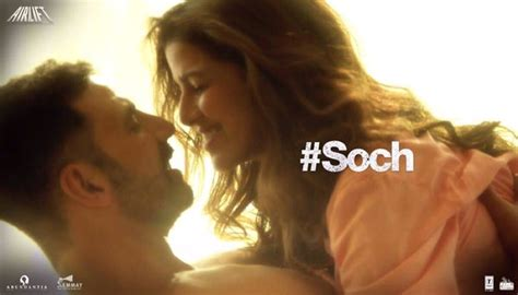 Soch Na Sake Lyrics, Airlift Song By Arijit Singh, Tulsi