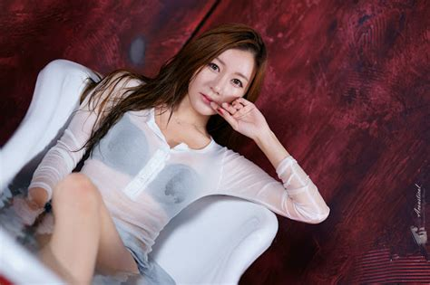 Nackt Han Ji-eun  Full Profile