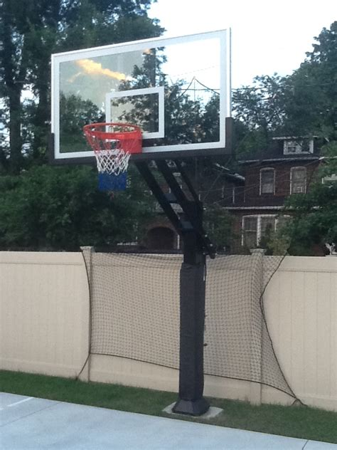 Backyard Net System by The Airball Grabber Looks To Be An Effective Solution For