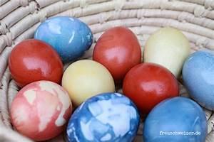Eier Natürlich Färben : wie f rbt man ostereier nat rlich ganz einfach versprochen ~ A.2002-acura-tl-radio.info Haus und Dekorationen
