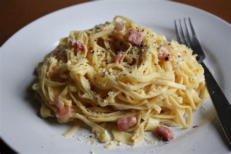 make spaghetti how to make spaghetti carbonara gourmet chick