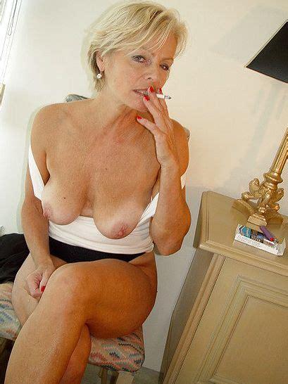 Mature Milf Smoking