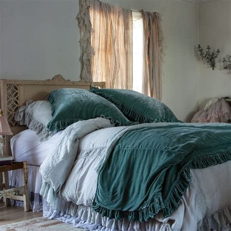 shabby chic velvet blanket 1000 images about my room ideas on pinterest linen tablecloth waterfalls and dust ruffle