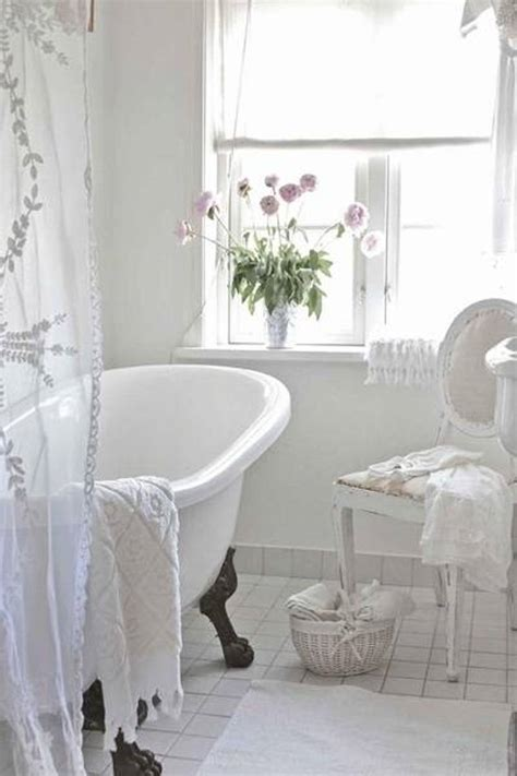 Attractive White Shabbychic Style Bathroom Design