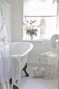 Shabby Chic Mode : attractive white shabby chic style bathroom design ~ Markanthonyermac.com Haus und Dekorationen