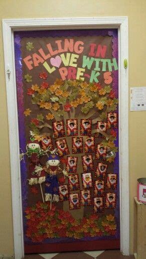 thanksgiving classroom door ideas  pinterest