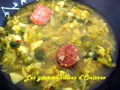 cuisiner les diots de savoie recette chou farci au boeuf haché recette chou vert à la