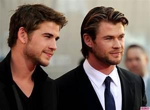 Chris Hemsworth & Cutie Bro Liam At 'Thor' Premiere In ...